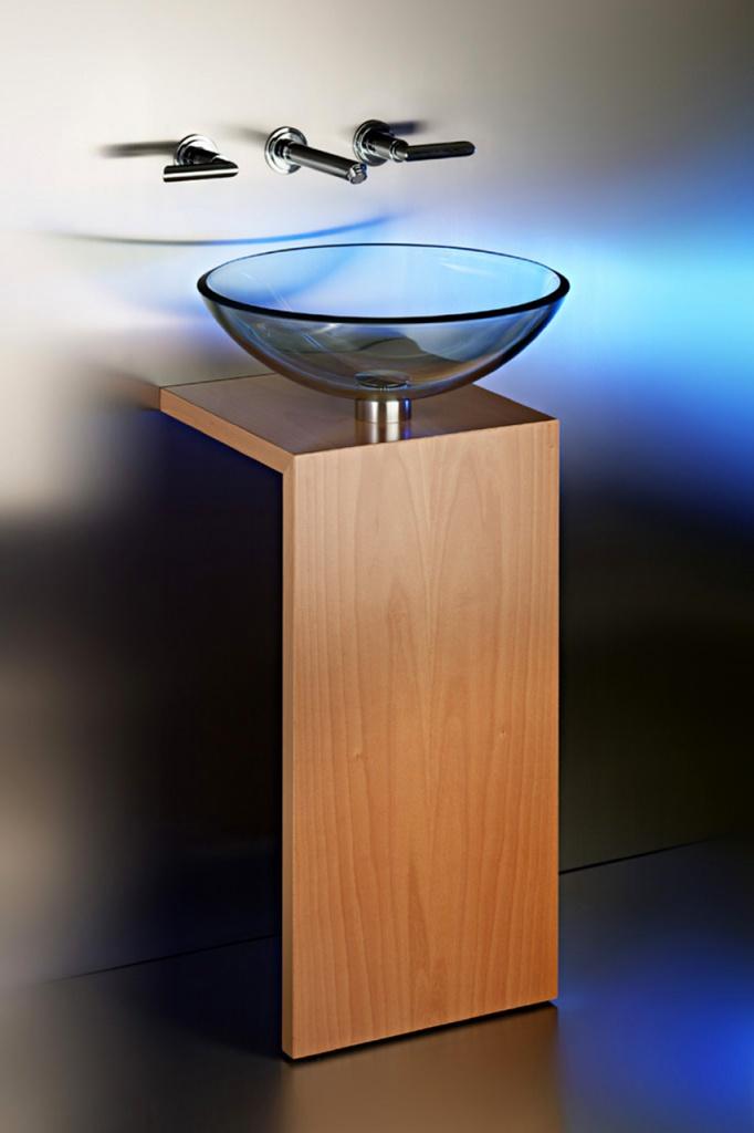 Design Waschtisch mit Glaswaschbecken