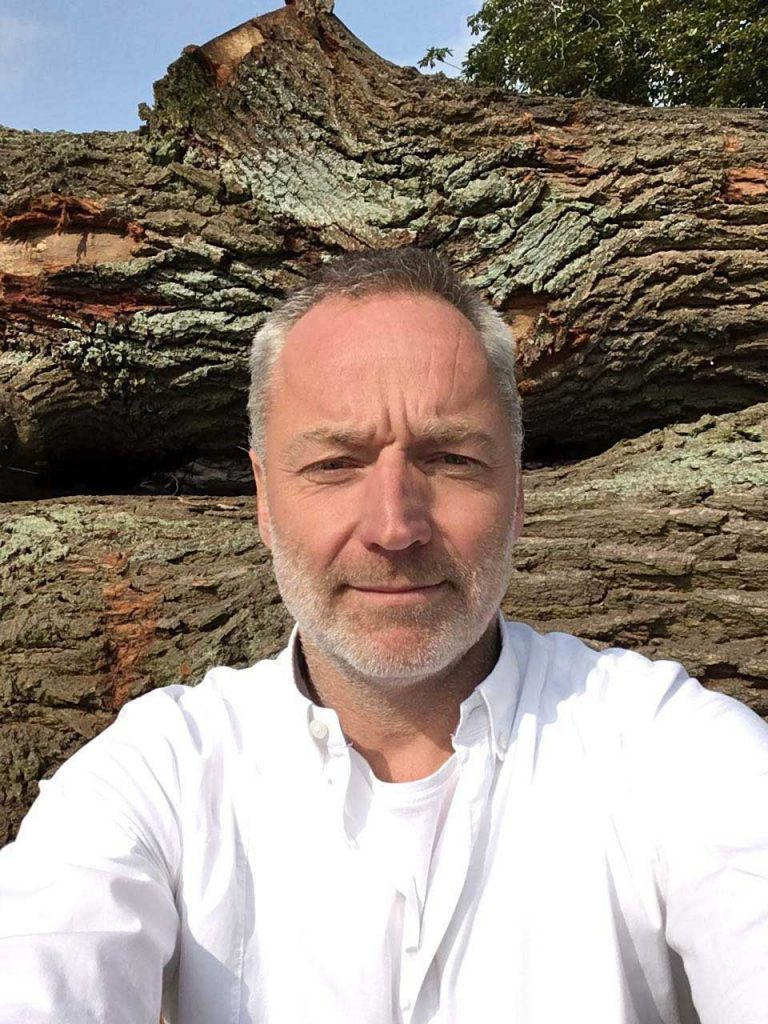 Falk Gembus Holzingenieur und Interior Design Artist