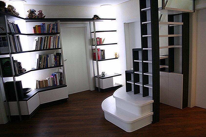 Bibliothek in einer Stadtvilla